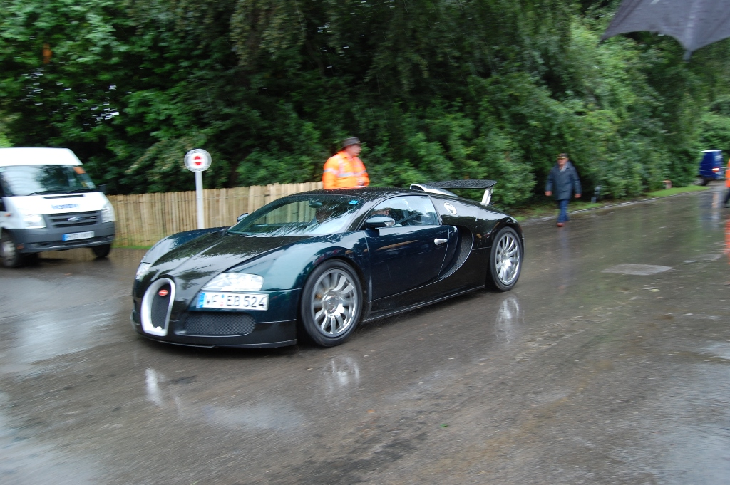 Bugatti Veyron spoiler up goodwood